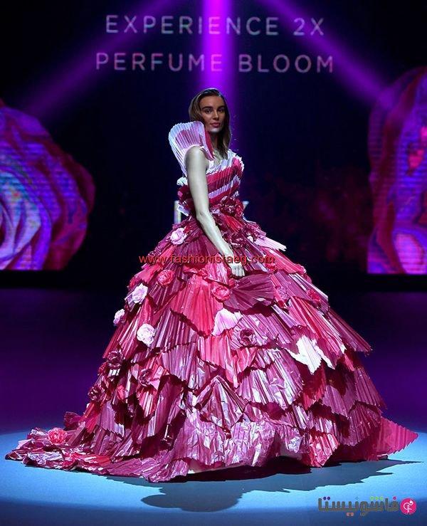 8601c11b7 فاشونيستا   بالصور.. عبد محفوظ يصمم أول فستان في تاريخ الأزياء من ...